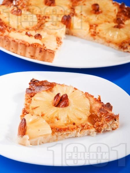 Тарта с ананас и бадеми - снимка на рецептата